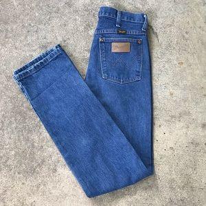 Vintage Women's Wrangler High Waist Jeans
